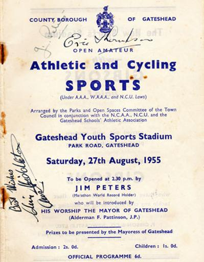 1955-Gateshead-Sports-Athletics-Cycling-programme-signed-Jim-Peters-350