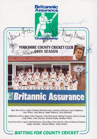 1995-Britannic-Assurance-Yorkshire-squad-signed-team-photo-Bevan-Gough-Moxon-White