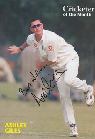 ASHLEY-GILES-autograph-signed-Warks-cricket-memorabilia-king-of-spin-England-test-match-spinner-selector-wccc-cricketer-magazine-player-of-the-month
