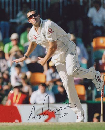 ASHLEY-GILES-autograph-signed-Warks-cricket-memorabilia-king-of-spin-England-test-match-spinner-selector-wccc