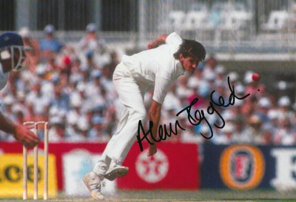 Alan-Igglesden-autograph-signed-Kent-cricket-memorabilia-KCCC-Brain-Tumour-UK-Westerham-Spitfires-England-Test-Charity-Test-match