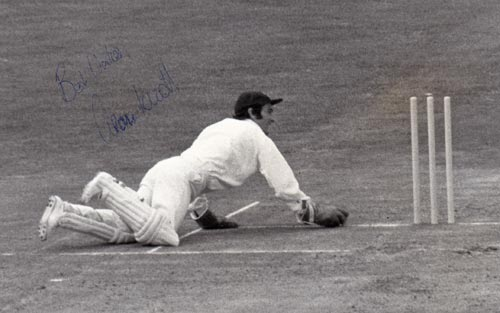 Alan-Knott-autograph-signed-kent-cricket-memorabilia-wicket-keeper-kccc-england-ape-knott-signature-press-photo