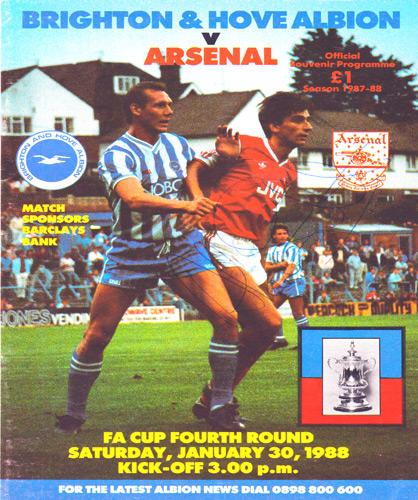 Alan-Smith-autograph-signed-Arsenal-fc-football-memorabilia-AFC-Gunners-1984-FA-Cup-programme-cover