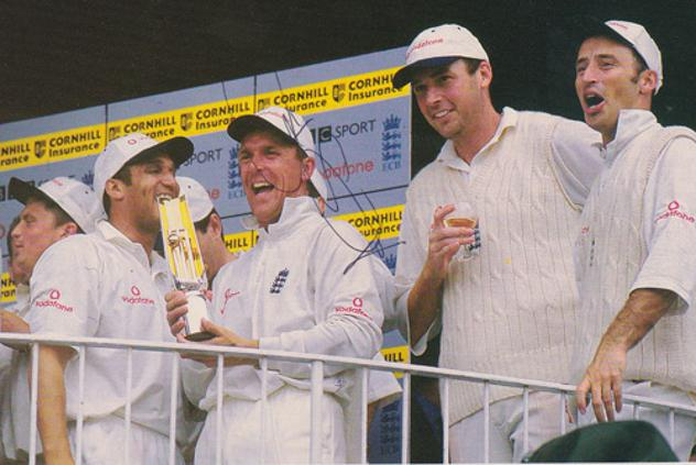 Alec-Stewart-autograph-signed-Surrey-CCC-Cricket-memorabilia-England-test-match-1998-Headingley-South-Africa
