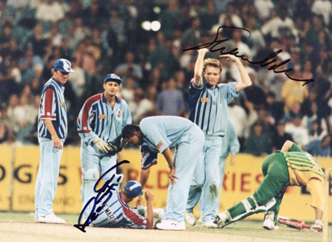 Alec-Stewart-autograph-signed-england-cricket-memorabilia-test-match-wicket-keeper-odi-shaun-udal-signature-spinner-surrey-ccc-hants-australia-ashes-captain
