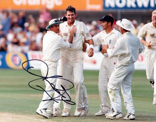 Andy-Caddick-autograph-signed-somerset-cricket-memorabilia-england-test-match-fast-bowler-nz-cricketer-signature