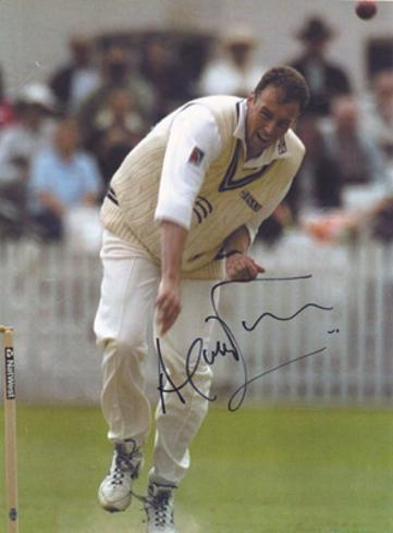 Angus-Fraser-autograph-signed-Middlesex-cricket-memorabilia-england-test-match-bowler-gus-selector-poster-signature-middx-ccc