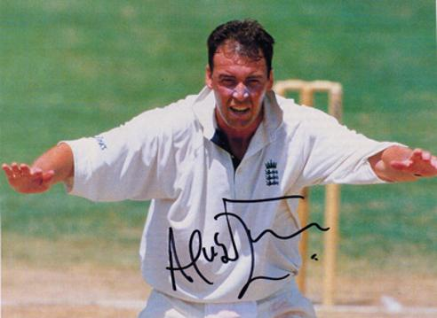 Angus-Fraser-autograph-signed-Middlesex-cricket-memorabilia-england-test-match-bowler-selector-gus-signature-middx-ccc