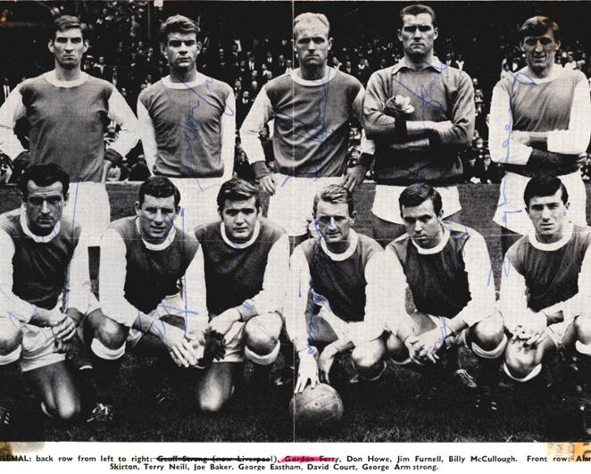 Arsenal-FC-memorabilia-signed-team-pic-1964-Howe-Baker-Neill-Furnell-Eastham-autograph