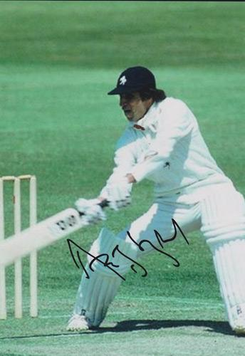 Asif-Iqbal-autograph-Kent-cricket-memorabilia-KCCC-signed-photo-Spitfires-Pakistan-captain