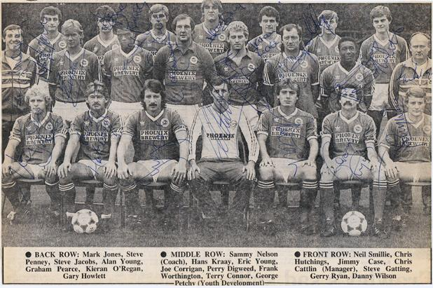 BRIGHTON & HOVE ALBION Signed 1984 B&W newspaper team pic. Players & staff signed inc: Gary Howlett, Sammy Nelson, Hans Kraay, Eric Young, Joe Corrigan, Perry Digweed, Frank Worthington, Terry Connor, George Petchy, Chris Hutchings, Jimmy Case, Chris Cattlin (manager), Steve Gatting, Gerry Ryan Danny Wilson