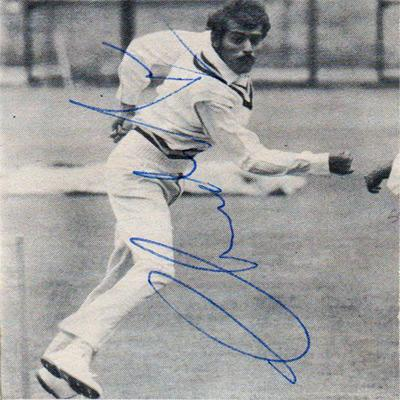 Bhagwat-Subramanya-Chandrasekhar-autograph-signed-India-cricket-memorabilia-indian-leg-spinner-chandra-signature