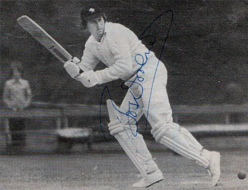 Bob-Woolmer-memorabilia-Bob-Woolmer-autograph-Kent-cricket-memorabilia-KCCC-memorabilia-Bob-Woolmer-signed-pic-Pakistan-Warks-England-test-match-all-rounder-robert-woolmer