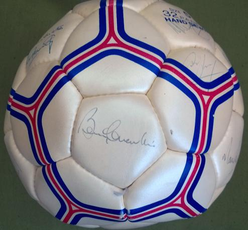 Bobby-Charlton-signed-football-autograph-soccer-ball-Man-Utd-Manchester-United-England-sports-british-gas-hurst-peters-ball-hunt-Sir-Robert-MUFC-memorabilia