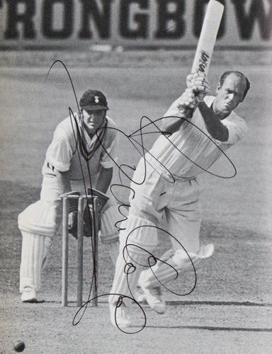 Brian-Close-autograph-signed-Yorkshire-cricket-memorabilia-England-test-match-captain-I-Dont-Bruise-Easily-signature-ashes-yorks-ccc-somerset