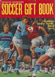 Charles-Buchan-Soccer-Gift-Book-1964-65-martin-peters-sunderland-fc-captain-woolwich-arsenal-memorabilia-Leyton-Orient-England-Military-Medal