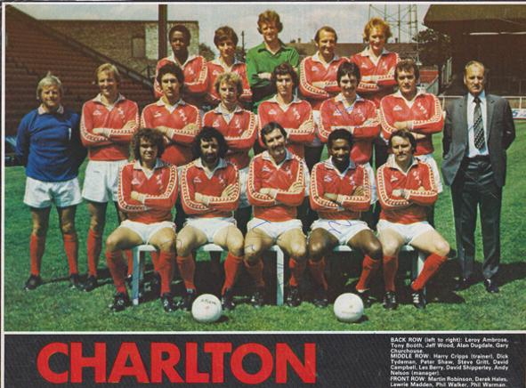 Charlton-Athletic-football-memorabilia-CAFC-signed-team-photo-autograph-1979-80-The-Valley-Steve-Gritt-Les-Berry-Colin-Powell-Lawrie-Madden-Phil-Walker