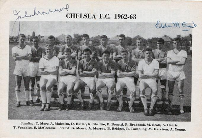 Chelsea-FC-team-photo-autographed-Stamford-Bridge-Eddie-McCreadie-John-Mortimore-Charlton-Athletic-football-memorabilia-autograph-signed-programme-1962-Addicks-CAFC-CFC