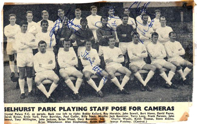 CRYSTAL PALACE FC Signed 1984/5 B&W programme team pic. Players & staff signed x15 inc: Steve Coppell (manager), Peter Nicholas, Chris Whyte, Henry Hughton, George Wood, Trevor Aylott, Gary Stebbing, Alan Irvine, Gary Locke, Jim Cannon, Phil Barber, Brian Sparrow, Jerry Murphy & Stan Cummins