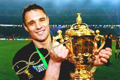 Dan-Carter-memorabilia-autograph-signed-New-Zelanad-rugby-memorabilia-All-Blacks-memorabilia-2015-World-Cup-champion-winner-trophy-MVP-captain