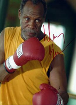 DANNY GLOVER hand-signed Poor Boy's Game boxing movie photo.