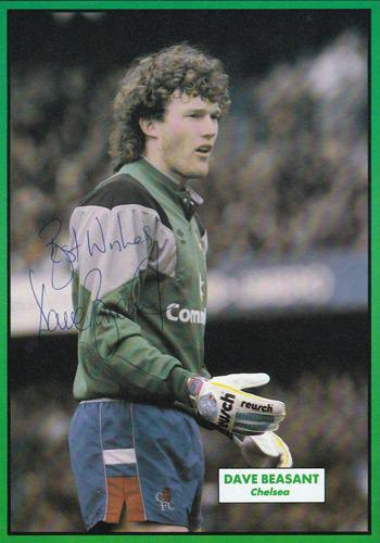Dave-Beasant-signed-Chelsea-fc-football-memorabilia-topical-times-annual-autograph