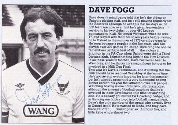 Dave-Fogg-autograph-signed-Oxford-United-FC-football-memorabilia-oxford-utd-david-Wrexham-signature