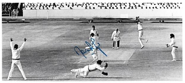 David-lloyd-autograph-signed-england-cricket-memorabilia-signature-pakistan 1974-test-match-edgbaston-lancs-ccc