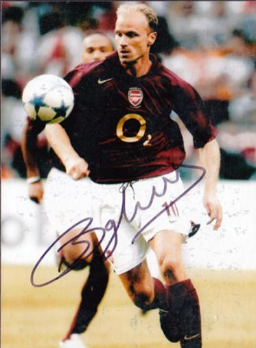 Dennis-Bergkamp-autograph-signed-arsenal-football-memorabilia-gunners-afc-holland-netherlands-highbury-soccer-signature