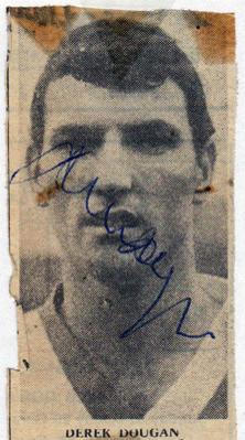 Derek-Dougan-autograph-signed-Wolves-FC-football-memorabilia-northern-ireland-wolverhampton-wanderers-signature-the-doog