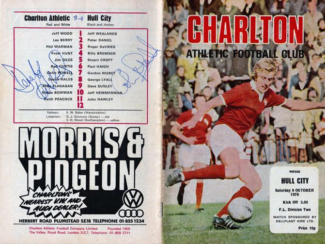 Derek-Hales-autograph-Colin-Powell-signed-Charlton-Athletic-football-memorabilia-CAFC-programme-Killer-Addicks-Valiants-The-Valley--FC-soccer