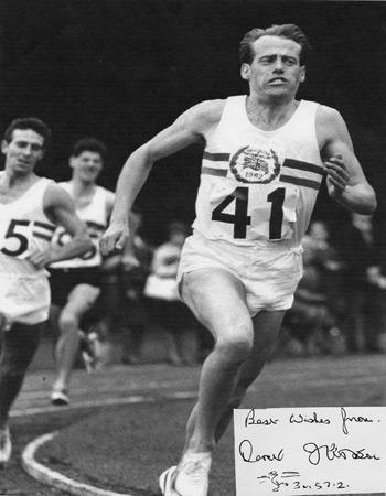 DEREK IBBOTSON autograph former Mile world record holder 3.57.2  Signed B&W picture