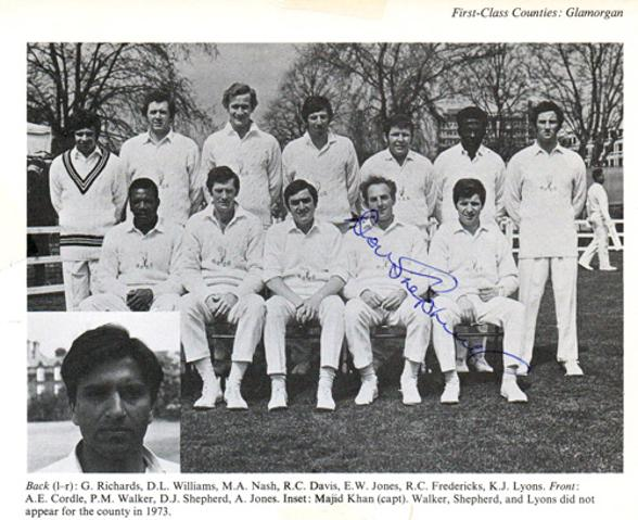 Don-Shepherd-autograph-signed-Glamorgan-cricket-memorabilia-bowler-signature-wales-1973-team-photo-signature
