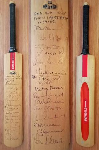 England-cricket-memorabilia-signed-1984-85-india-tour-gray-nicolls-mini-bat-scoop-david-gower-autograph-chris-cowdrey-allan-lamb-mike-gatting