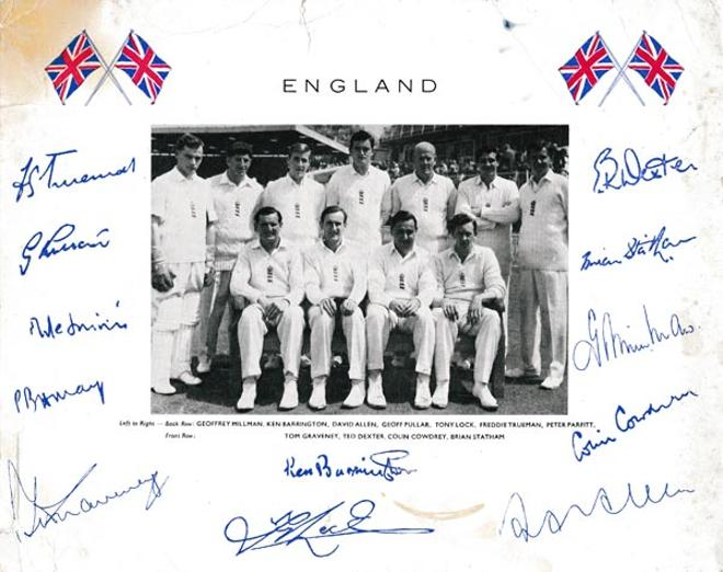 England-cricket-signed-team-photo-1962-squad-colin-cowdrey-peter-may-memorabilia-signatures