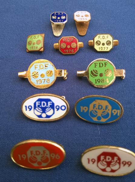 Bowls /& Jack  lawn green tie lapel pin enamel badge New