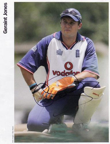GERAINT-JONES-autograph-Kent-CCC-signed-England-cricket-memorabilia-Ashes-Test-wicket-keeper-PNG-Gloucs-CCC