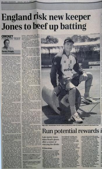 GERAINT-JONES-memorabilia-Kent-cricket-memorabilia-England-cricket-memorabilia-signed-newspaper-photo-autograph