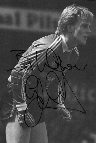 Gary-Bailey-autograph-signed-Man-Utd-football-memorabilia-autographed-photo-Manchester-United-signature