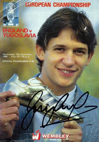 Gary-Lineker-signed-Golden-Boot-1986-Euro-Champs-Wembley-programme