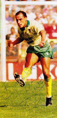 Gary-Shelton-autograph-signed-Oxford-United-FC-football-memorabilia-signature-bristol-city