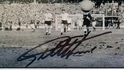 Geoff-Hurst-autograph-Sir-Geoff-Hurst-memorabilia-signed-England-1966-World-Cup-Football-memorabilia-West-Germany-4-2-hat-trick-third-goal-scorer-signature