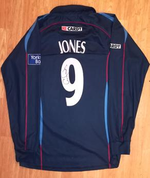 Geraint-Jones-autograph-signed-kent-cricket-memorabilia-spitfires-one-day-playing-shirt-samurai-england-wicket-keeper-png-number-9-GO-match-issue-signature