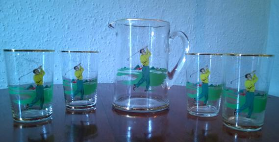 Golf-memorabilia-golfing-cocktail-set-1950s-large-glass-jug-four-glasses-retro-vintage-pitcher