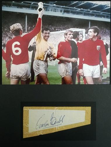 Gordon-Banks-autograph-Gordon Banks memorabilia-signed-football-memorabilia-England-1966-world-cup-final-champions-winners-stoke-leicester-city-goalkeeper-Banksy