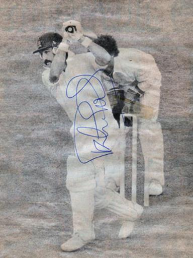 Graham-Gooch-autograph-signed-essex-cricket-memorabilia-england-captain-opening-batsman-test-match-333-goochie-coach-eccc-signature