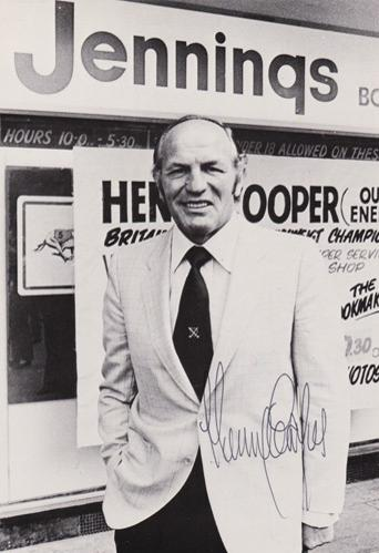 Henry-Cooper-autograph-signed-boxing-memorabilia-heavyweight-champion-henrys-hammer-sir-lonsdale-belt-signature-ali-clay-our-enery-jennings-bookmakers