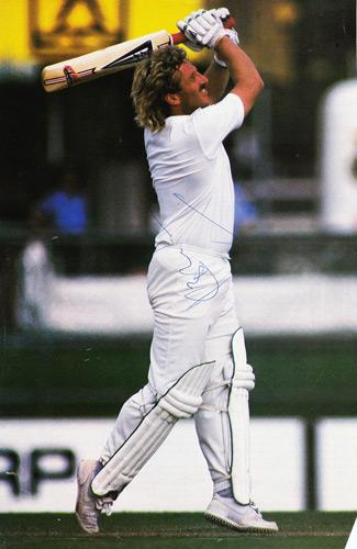 IAN-BOTHAM-autograph-England-cricket-memorabilia-signed-photo-autographed-Beefy-Somerset-Worcs-Durham-ashes-magnum-bat-duncan-fearnley-signature-sir