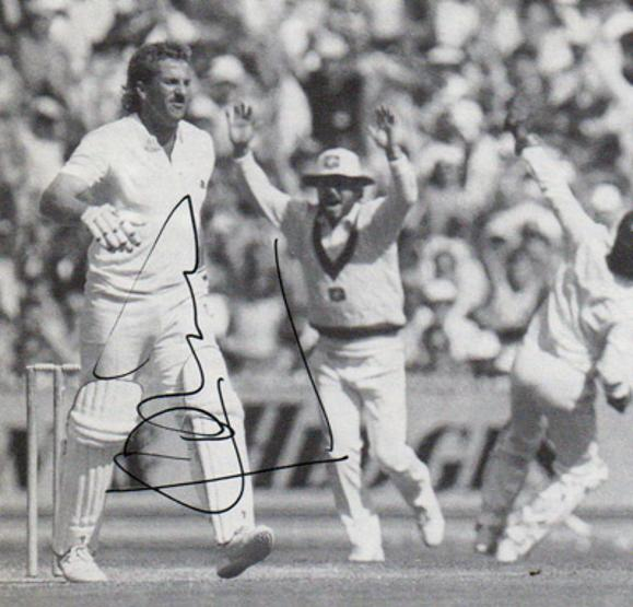 Ian-Botham-autograph-signed-england-cricket-memorabilia-somerset-ccc-worcs-durham-sir-it-all-rounder-1981-ashes-test-beefy-sky-tv-signature