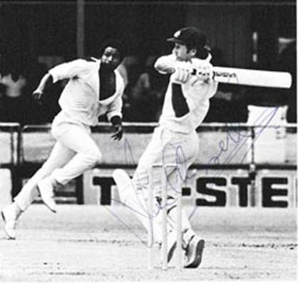 Ian-Chappell-autograph-signed-south-australia-cricket-memroabilia-captain-batsman-1975-76-west-indies-tour-signature